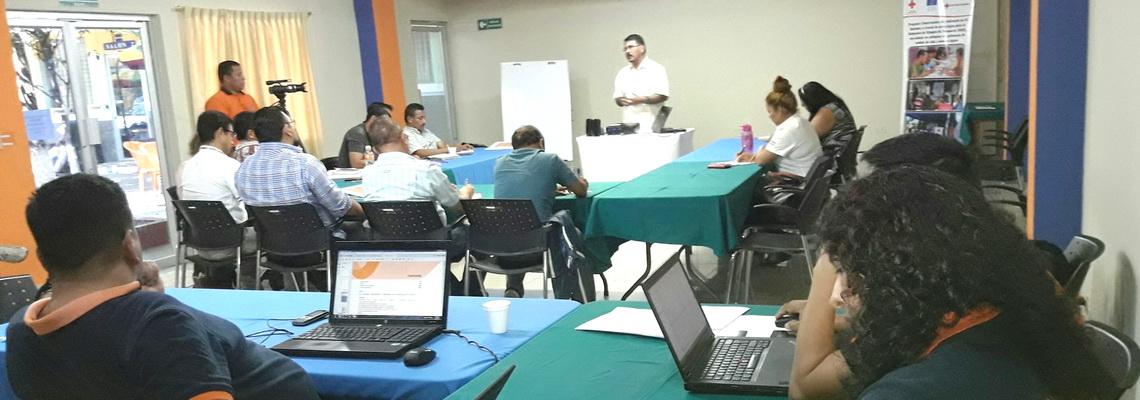 Dirección General de Protección Civil realiza procesos formativos sobre la gestión de integral para la reducción de desastres con docentes UES de zona paracentral y oriente del país   05/MAYO/2017