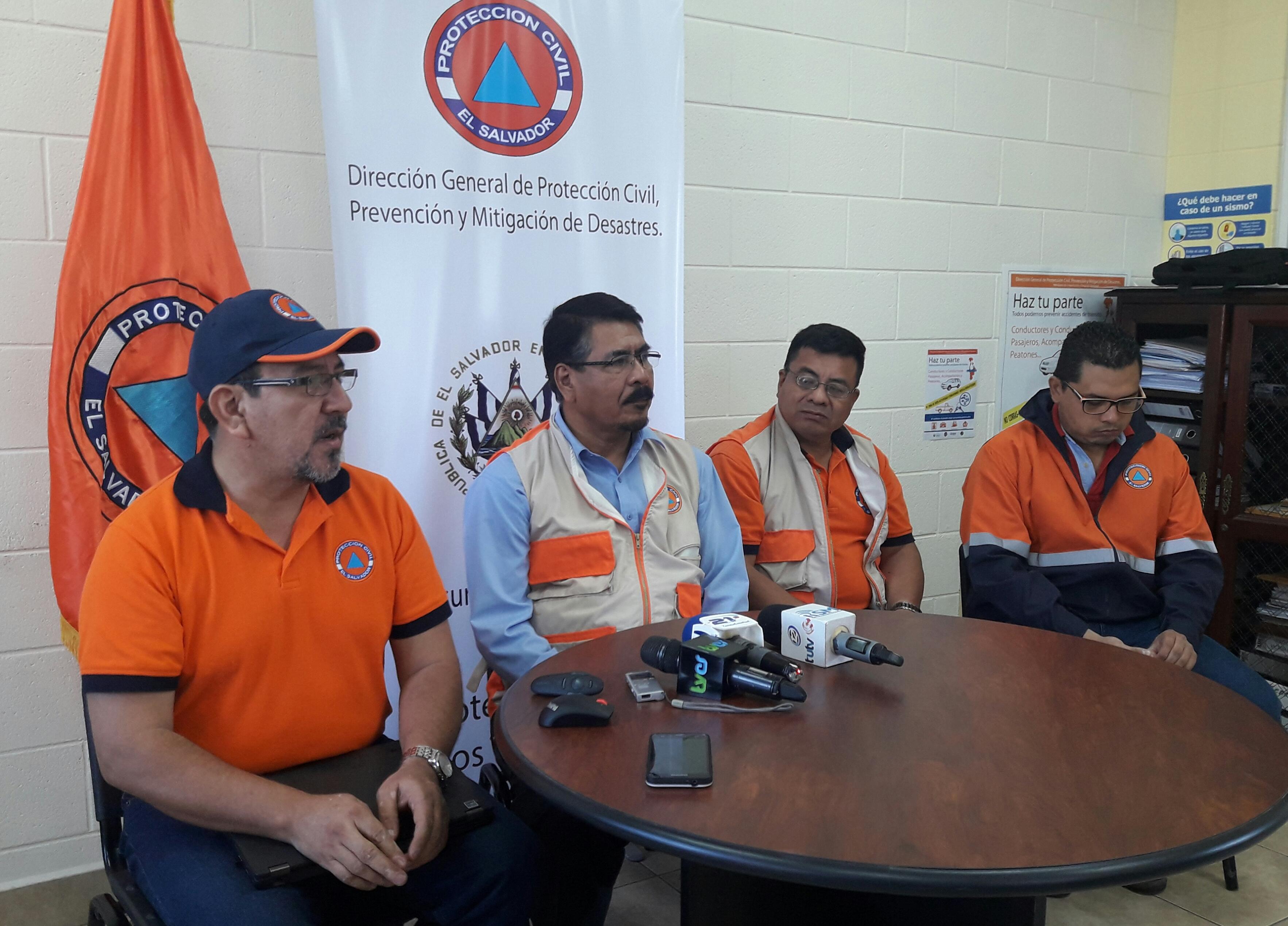 Director General de Protección Civil deja SIN EFECTO las alertas y mantiene la ALERTA AMARILLA en cinco municipios de Usulután y uno de San Vicente,  29/Oct./2017
