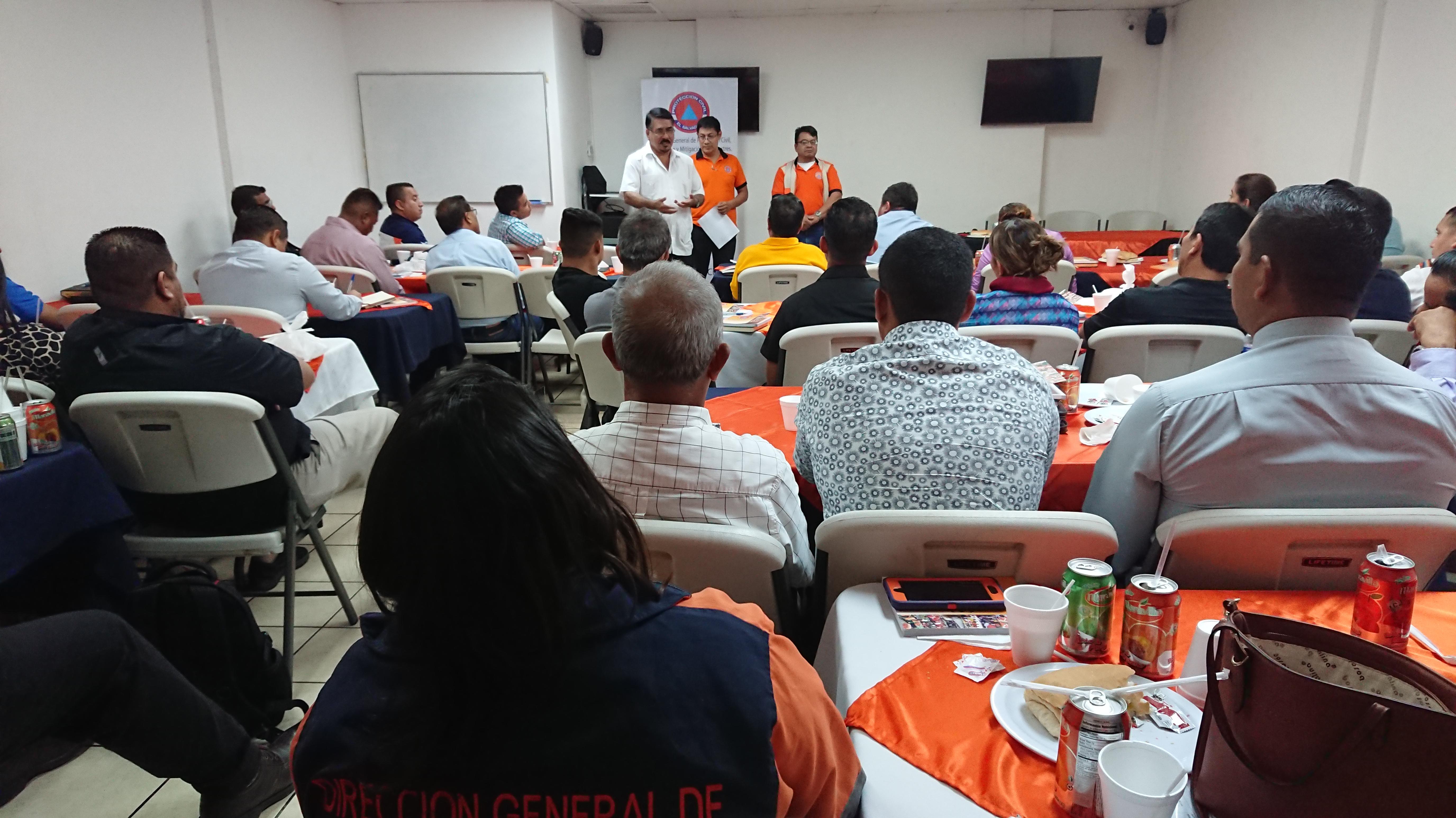Dirección General de Protección Civil fortalece capacidades de Comisiones Municipales de Protección Civil del Departamento de San Vicente       28/JUNIO/2018
