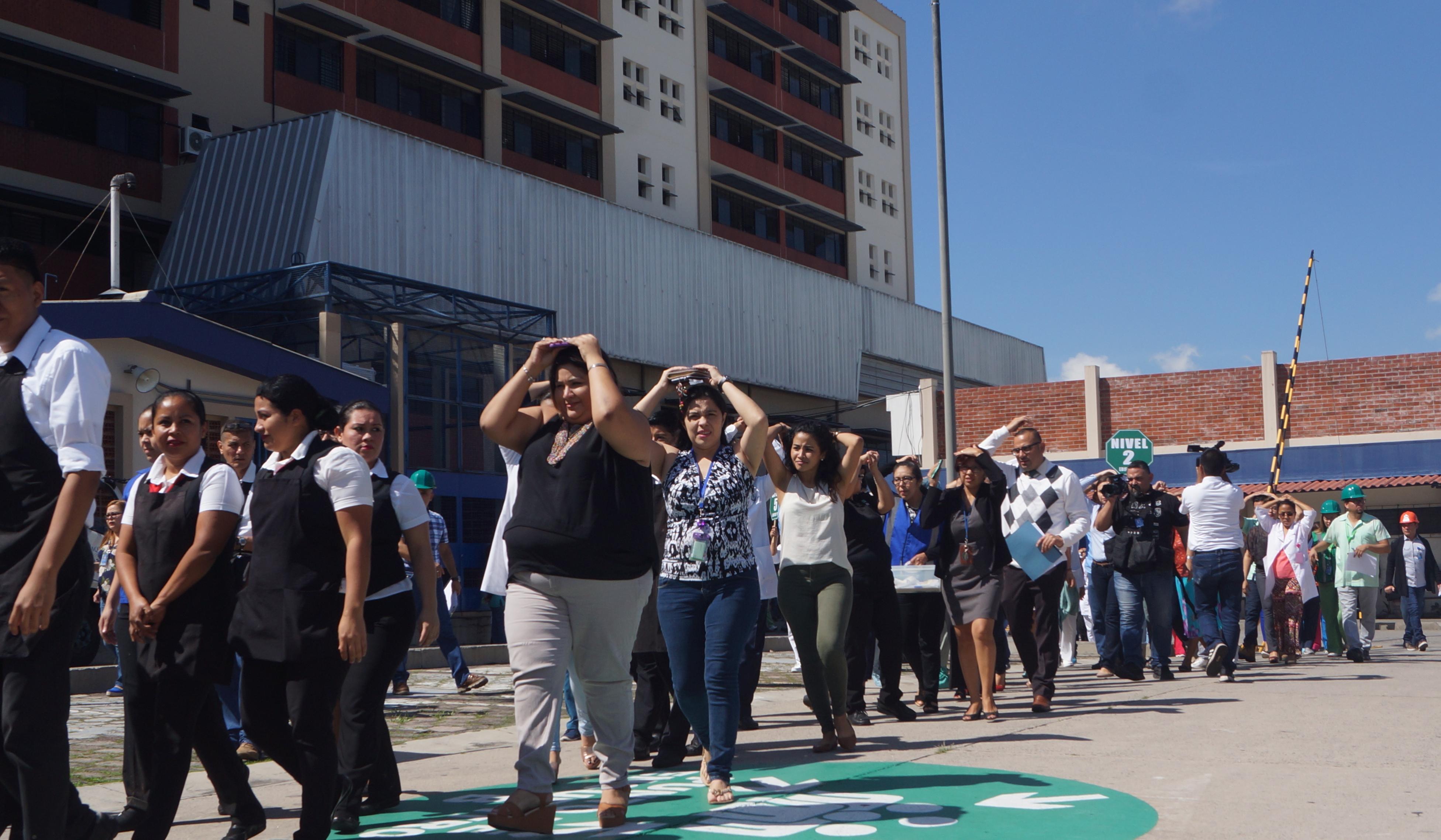 Tercer Simulacro Nacional ante Terremoto fortalece la capacidad de respuesta del Pueblo Salvadoreño    07/NOVIEMBRE/2018
